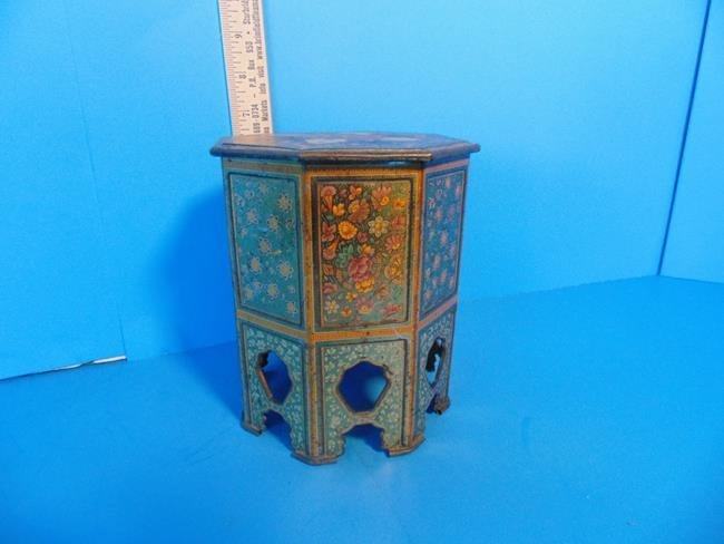 Middle Eastern Mosaic Style Tin Litho Biscuit Tin