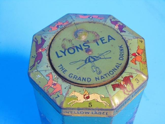 Grand National Tea Horse Race Tin - 2