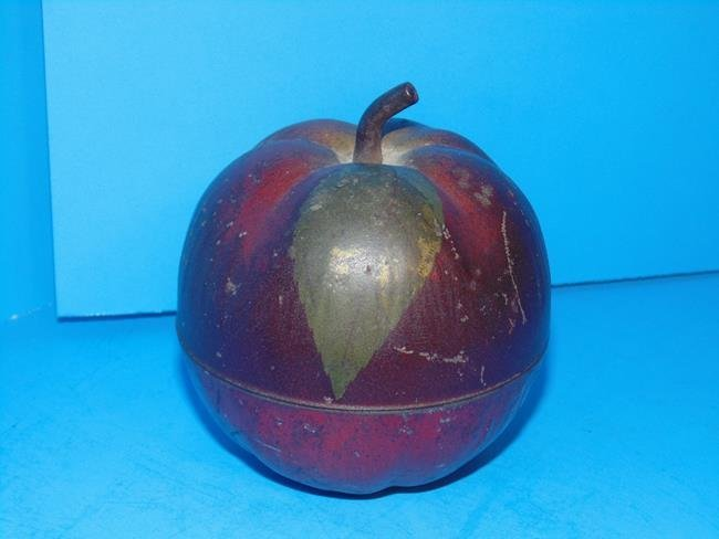 Van Dyk Tea & Coffee Apple Tin