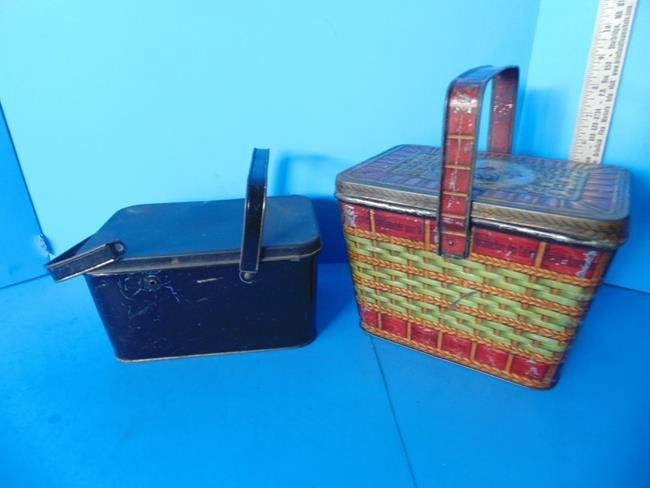 Central Union Tobacco Tin & Biscuit Tin - 2