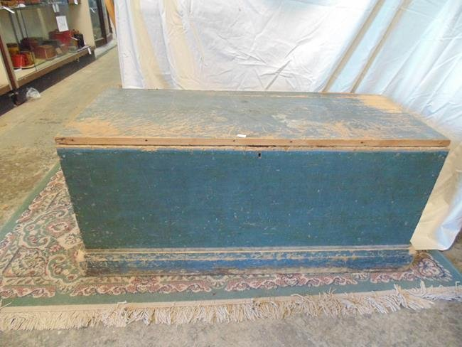 Blanket Box in Old Green Paint