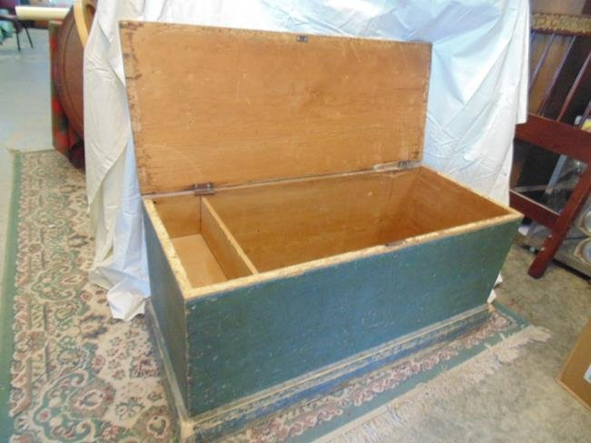 Blanket Box in Old Green Paint - 2