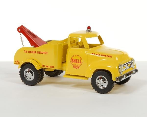 20: Ford yellow pressed steel Shell wrecker