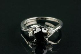 14k Gold 2.10ct Black Diamond & White Diamond ring