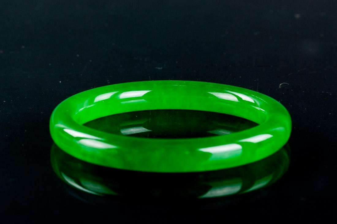 grade  A lovely Burmese natural Jadeite bangle certified imperial green black and clear