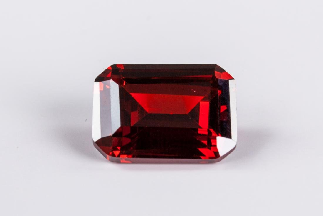 EXQUISITE 29.26 CT PIGEON BLOOD RED RUBY - 3