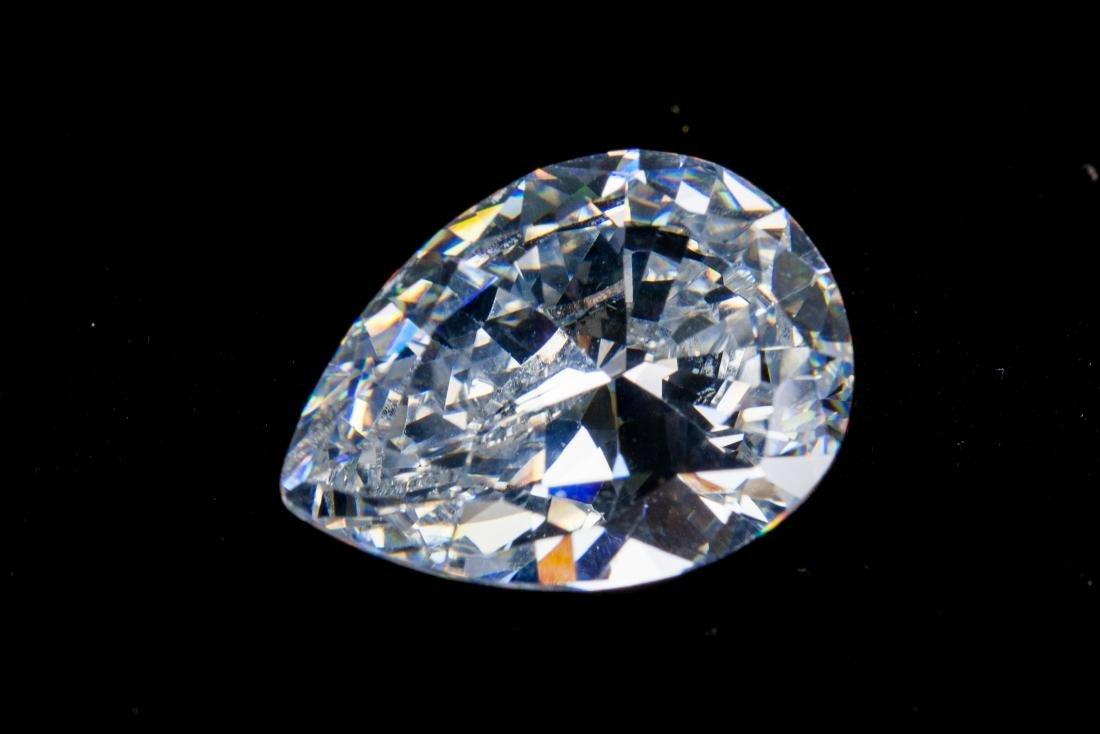 Pear Cut 34 CT VVS Top White Sapphire 16 x 22