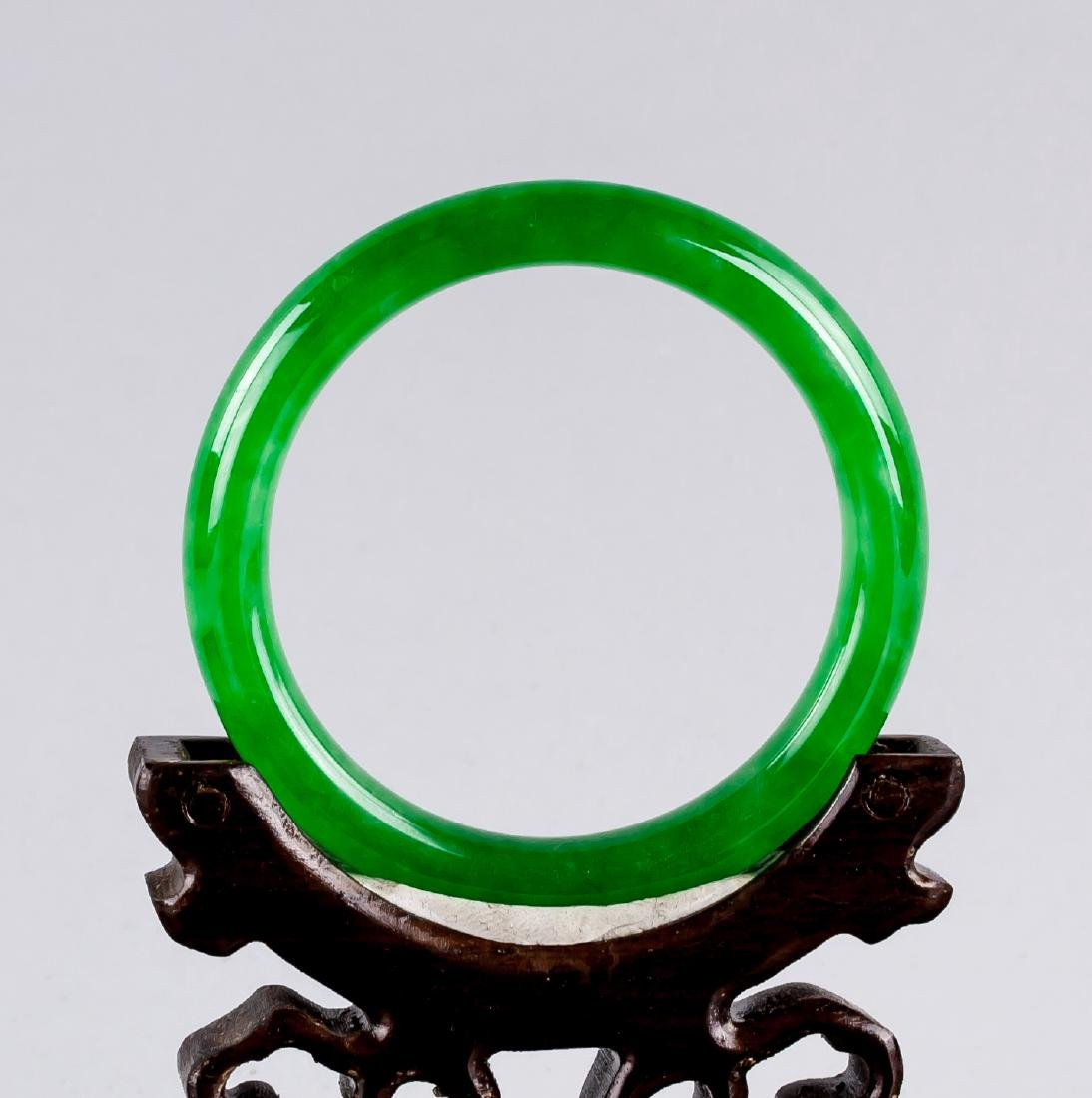 Burma Green Jadeite Carved Bangle GIA Certificate - 3