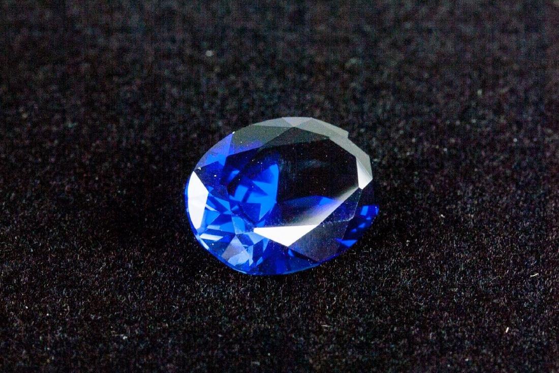 OVAL CUT 14.26 CT ROYAL BLUE SAPPHIRE 13x18mm - 4