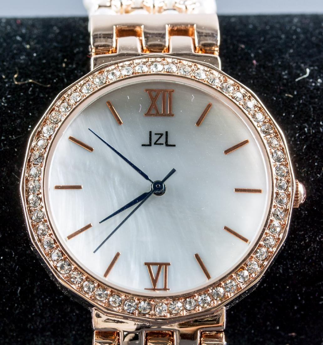 JZL Freshwater Pearl Crystal Watch
