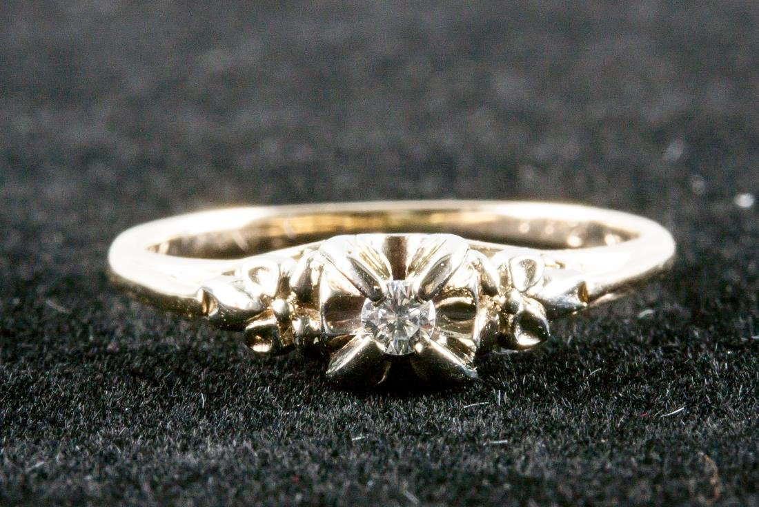 0.05ct Diamond &Yellow Gold Ring RV $1600