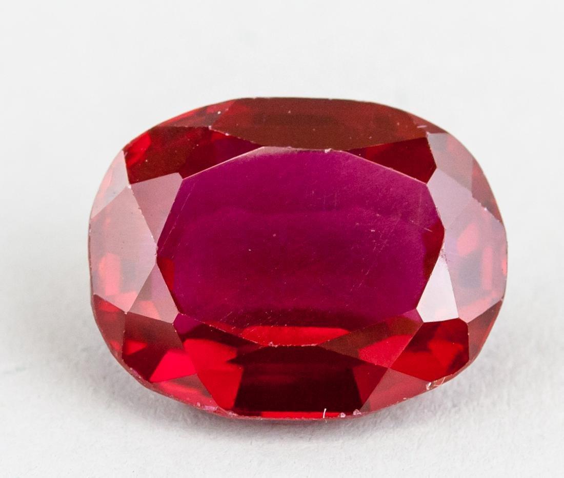15.10ct Oval Cut Red Ruby Gemstone GGL Certificate