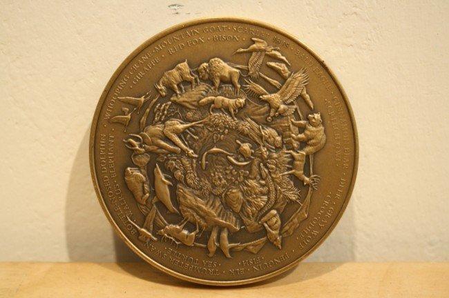 7: Franklin mint annual calendar/art Solid bronze medal