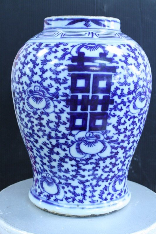 8: Chinese blue/white jar, Qing Dynasty, H : 14
