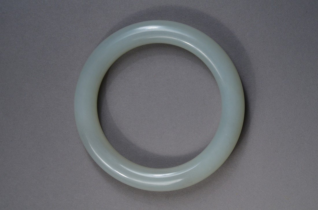 100: Chinese Carved Pale Green Jade Bangle