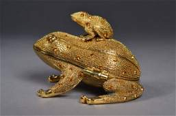 302: Chinese Gold Jeweled Gold Coloured Frog Box