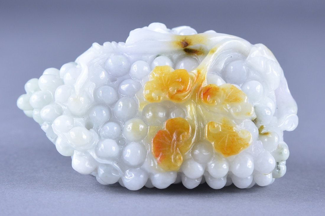 125: Chinese White Russet Jade Figure of Grapes