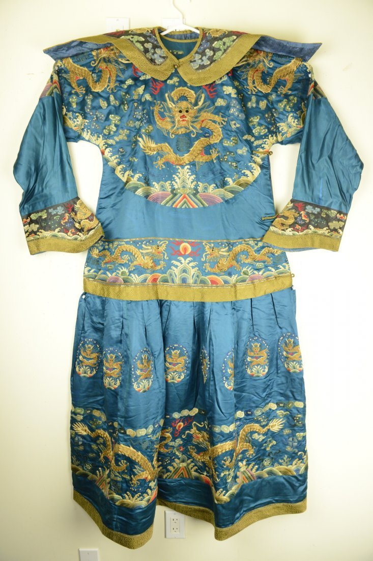 528: Important Chinese Imperial Brocade Dragon Robe
