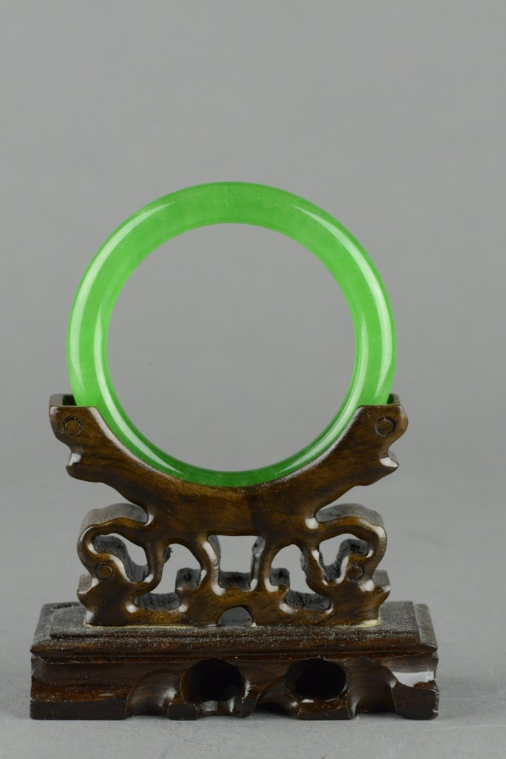 Chinese Emerald Green Jadeite Carved Bangle