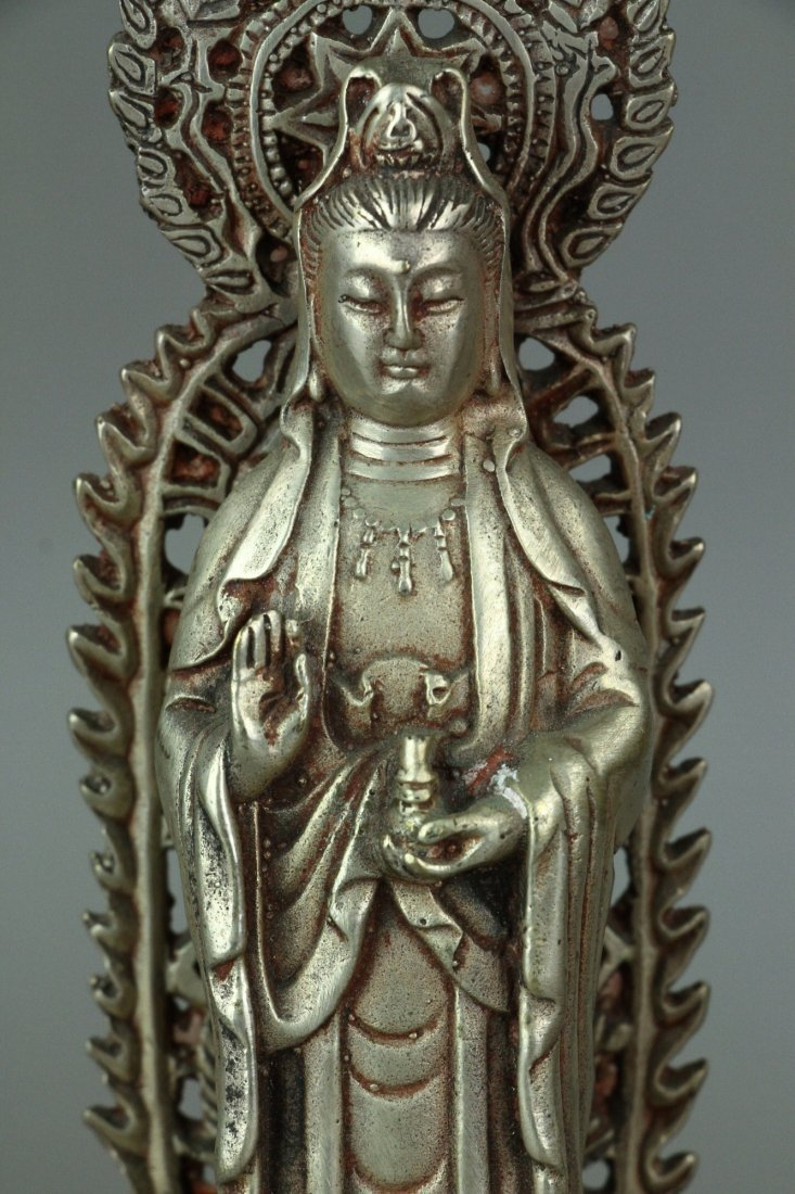Set of Three Chinese Silver Guanyin Figures - 3