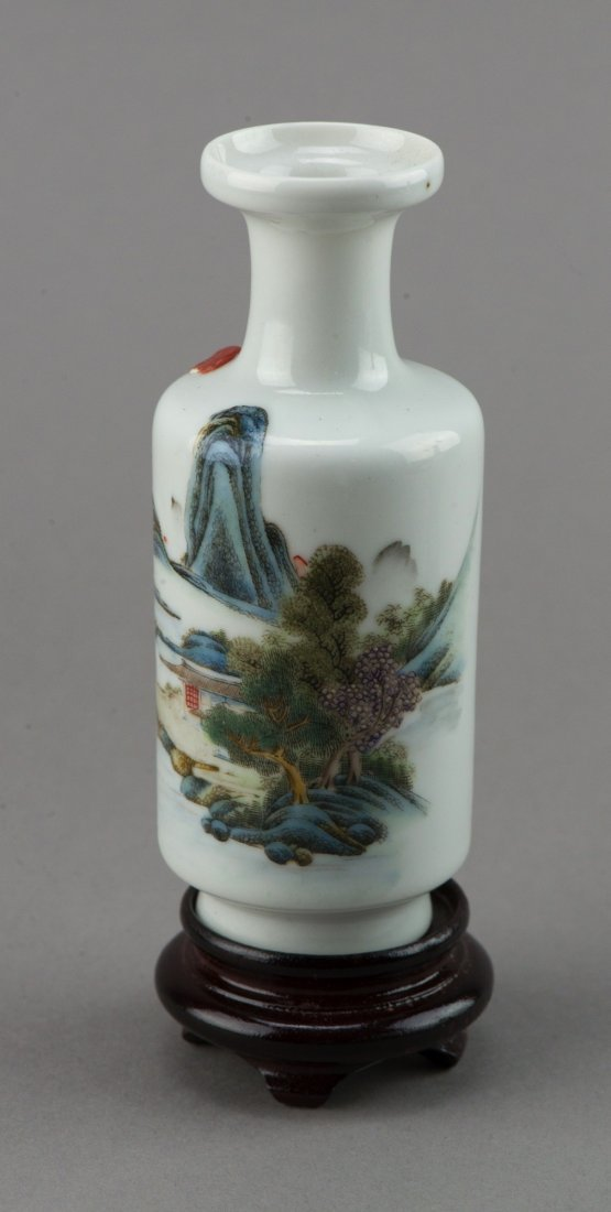 18th/19th Century Chinese Porcelain Rouleaux Vase - 3