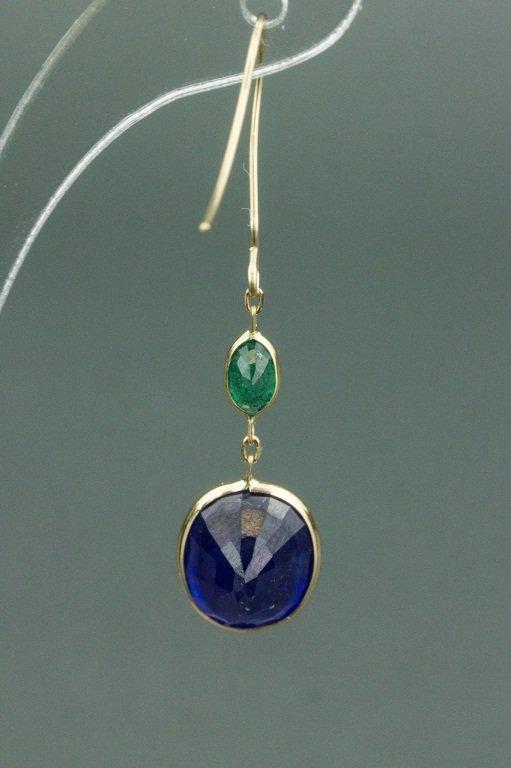 8.50 ct Sapphire & Emerald Earrings CRV$1880 - 2