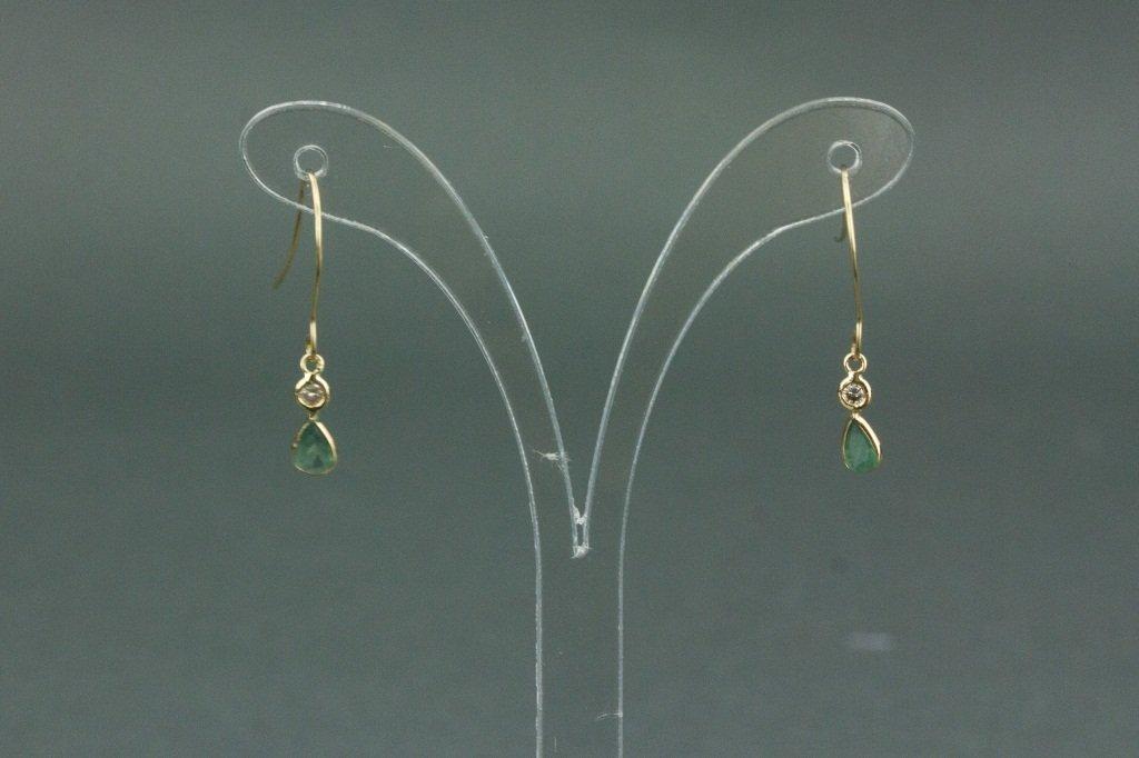 14kt Gold Alexandrite & Diamond Earrings CRV$1500
