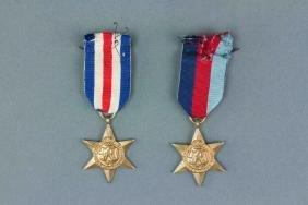 2 PC United Kingdom World War II Star Medal