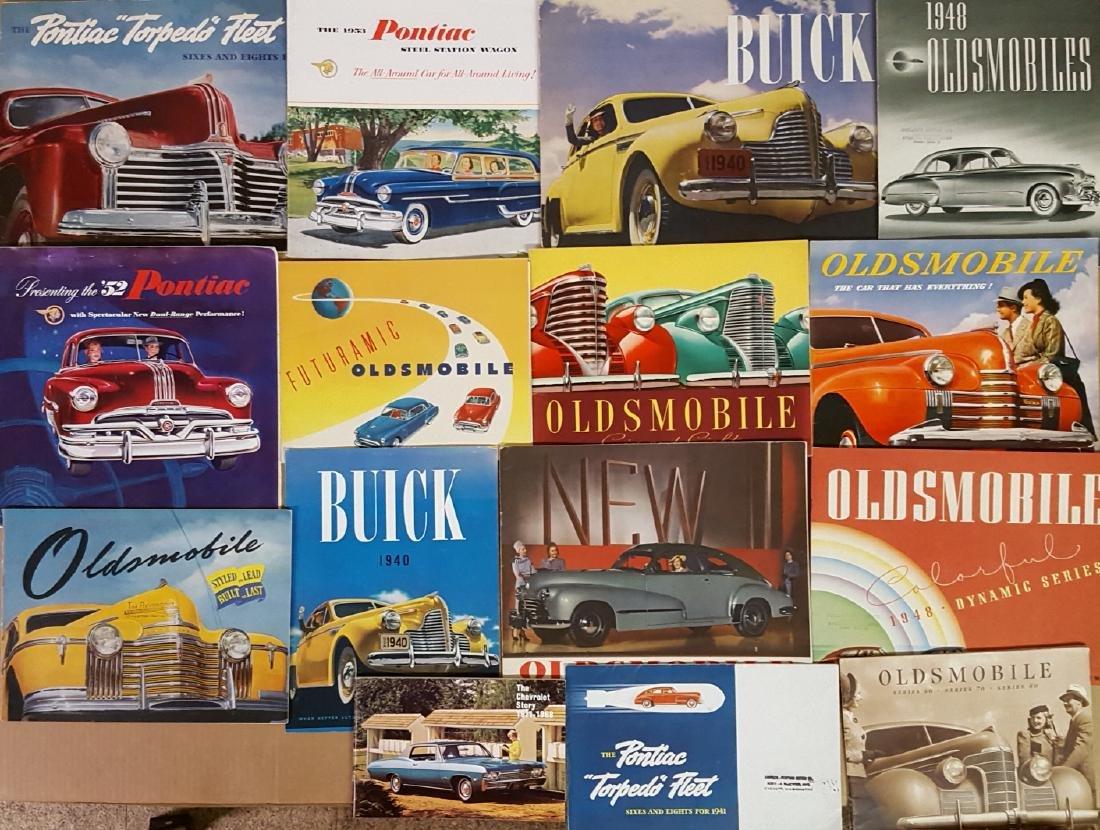 1940's-1952 Chevrolet, Buick, Pontiac, Olds brochu