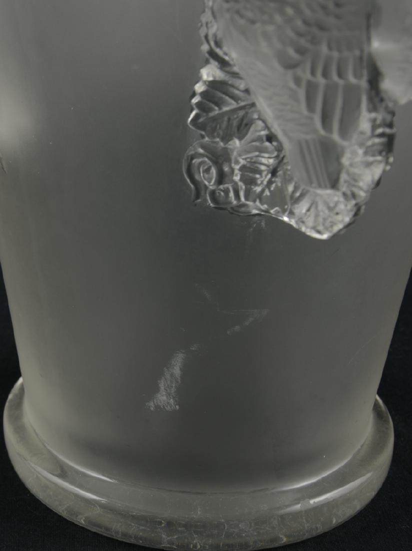 Lalique Saint-Emilion Vase - 3