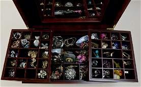 Ladies Fashion and Costume Jewelry
