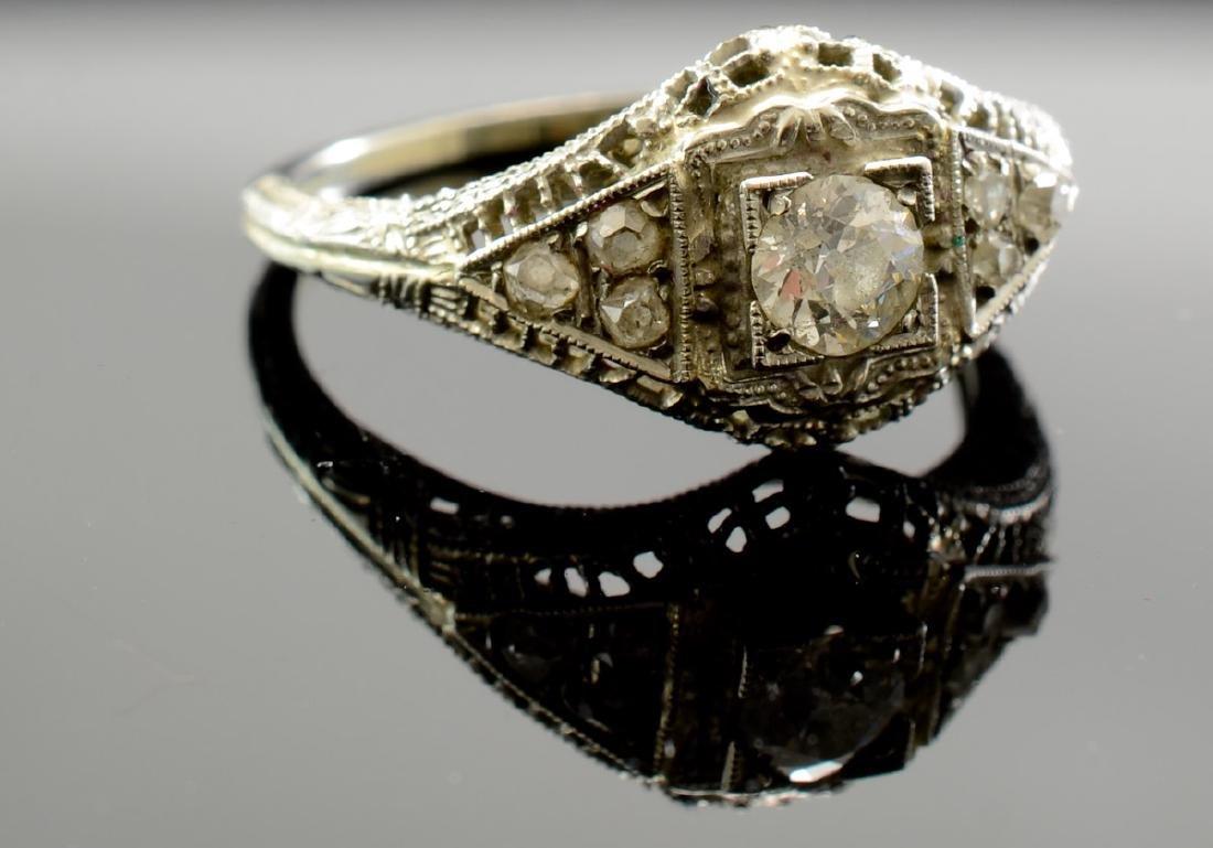 Ladies Antique 18K Diamond Ring