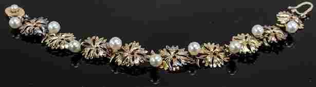 Ladies 14K Gold  Pearl Bracelet
