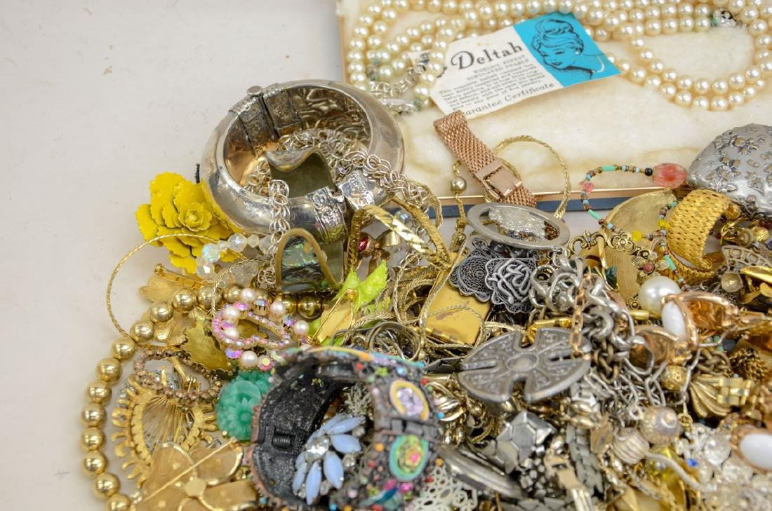 Vintage Fashion & Costume Jewelry - 3