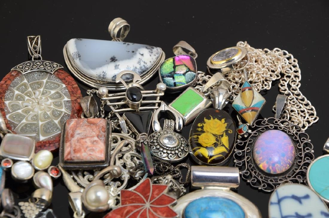 Group of Silver and other pendants - 4