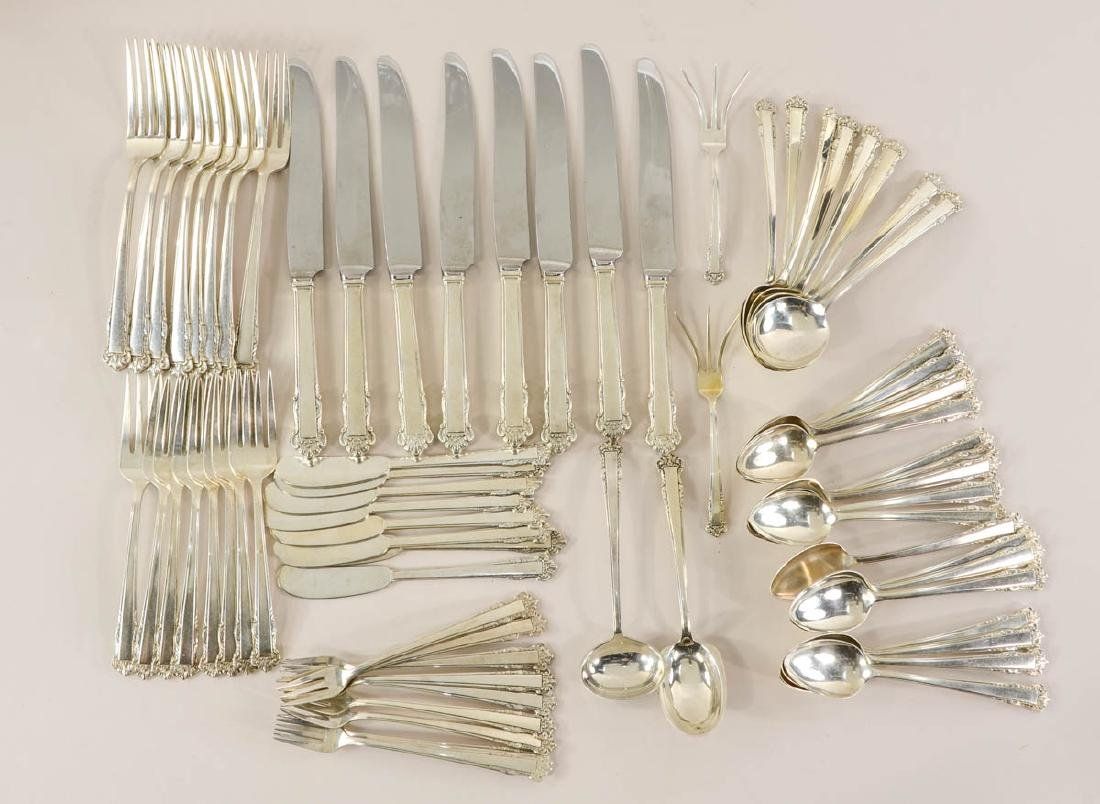 Lunt English Shell Sterling Flatware