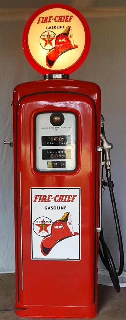 Gas pump - Wayne Model 80 restored