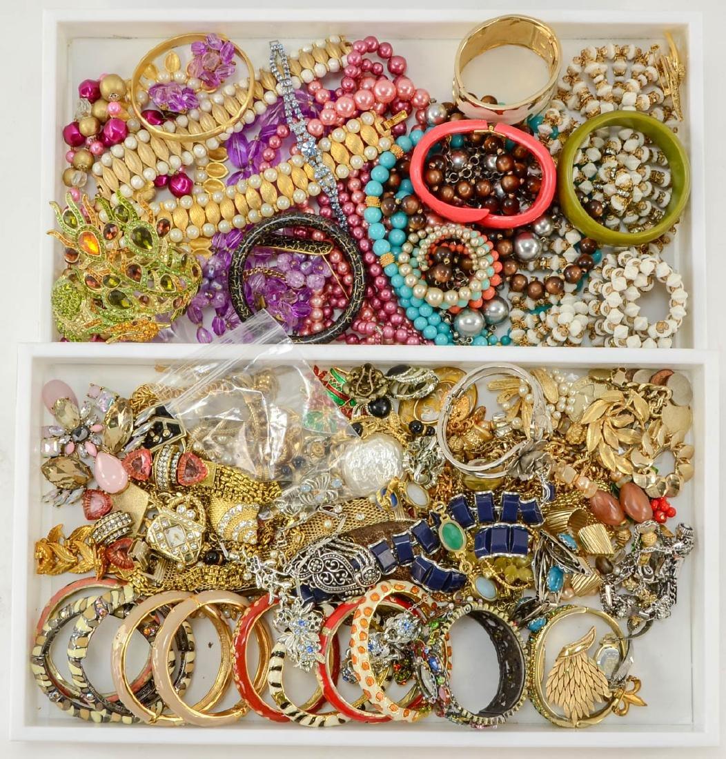 2 trays of fashion jewelry