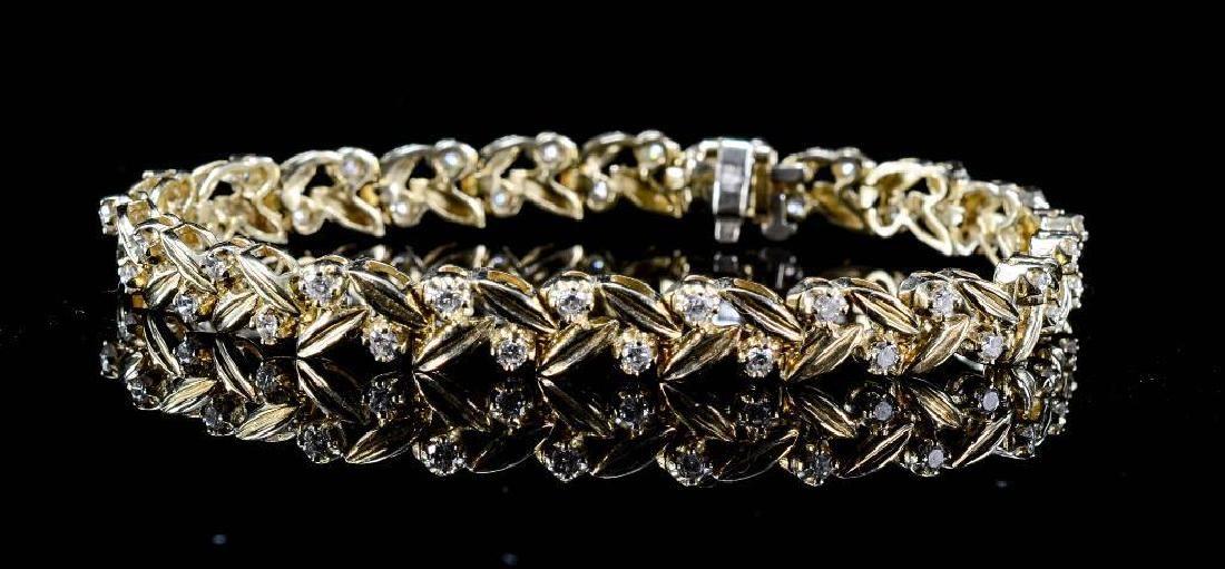 Ladies 14K Diamond Link Bracelet