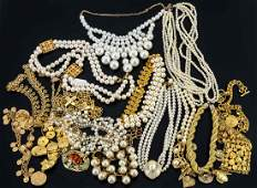 Ladies Fashion Jewelry group