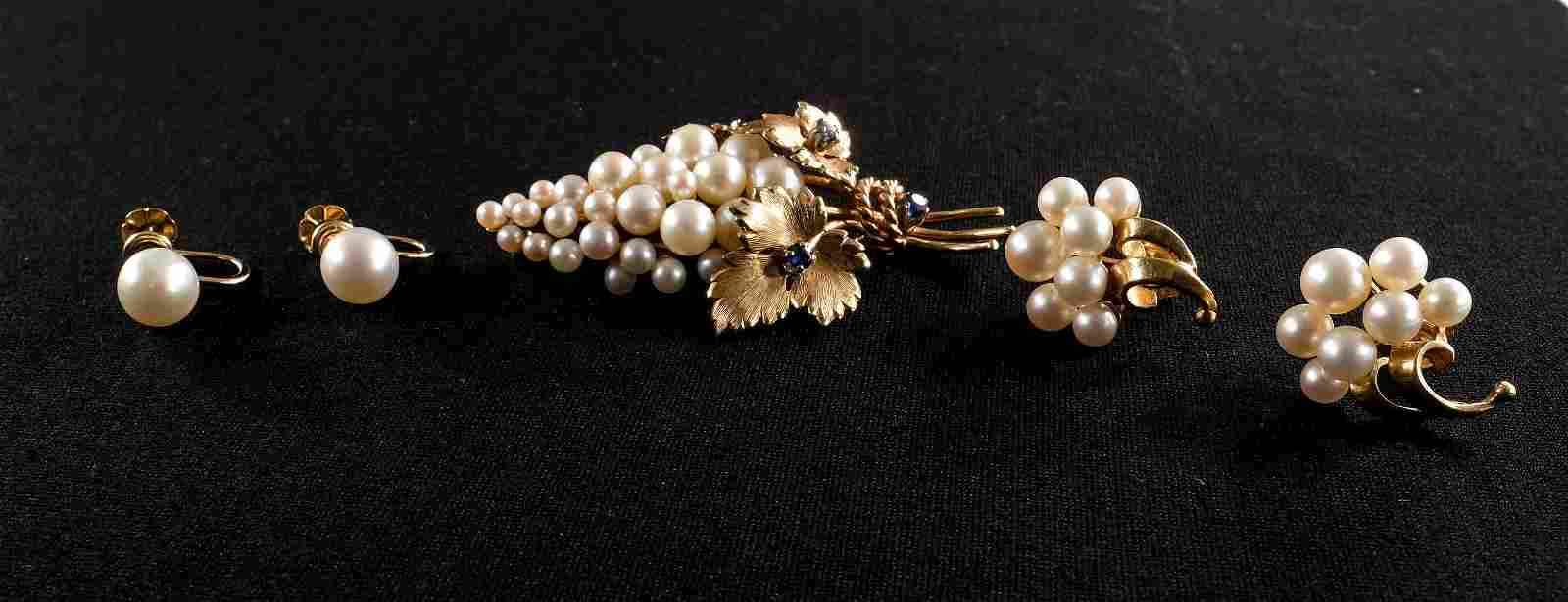 14K Gold and Pearl Jewelry Group