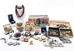 Large Estate Fashion & Costume Jewelry Collection