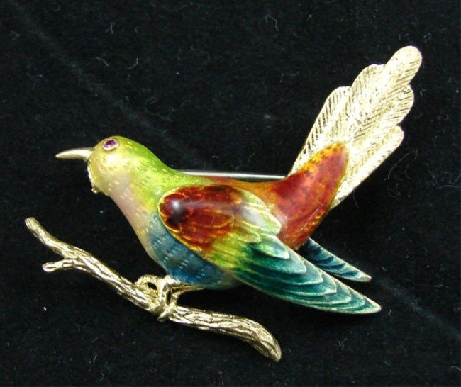 17: Italian 18K gold enamel bird pin