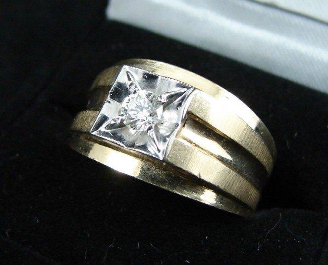 20: 14K yellow gold & Diamond Men's Ring