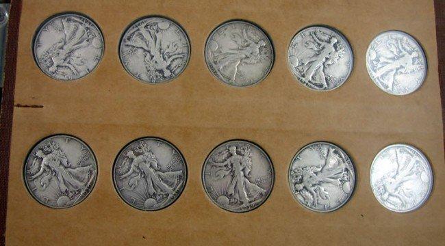 24: set of 30 1937 - 1947 Walking Liberty Half dollars