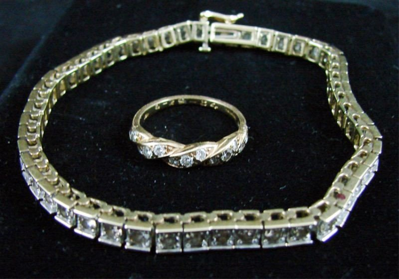 "4: 7.5"" 14K YG 3 CTW Diamond Tennis Bracelet"