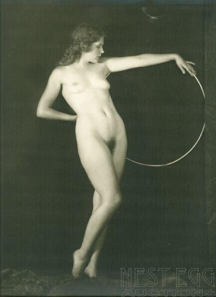 256: Alfred Cheney Johnston: 5 unidentified nudes - 4