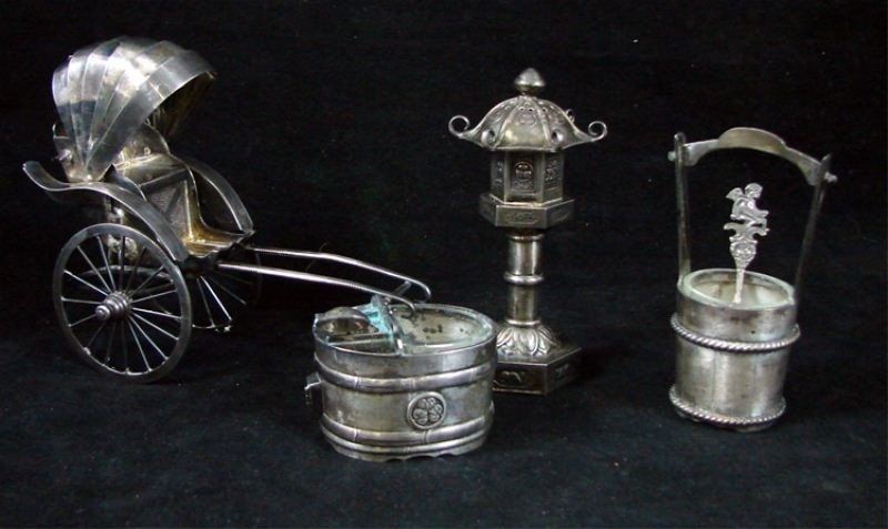 15: Group of Japanese Sterling table objects