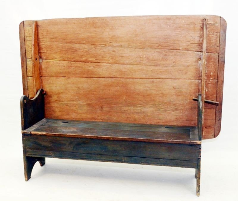 29: Antique Painted Pine Tavern Hutch Table