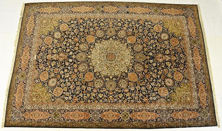 Oriental Room Size Rug / Carpet